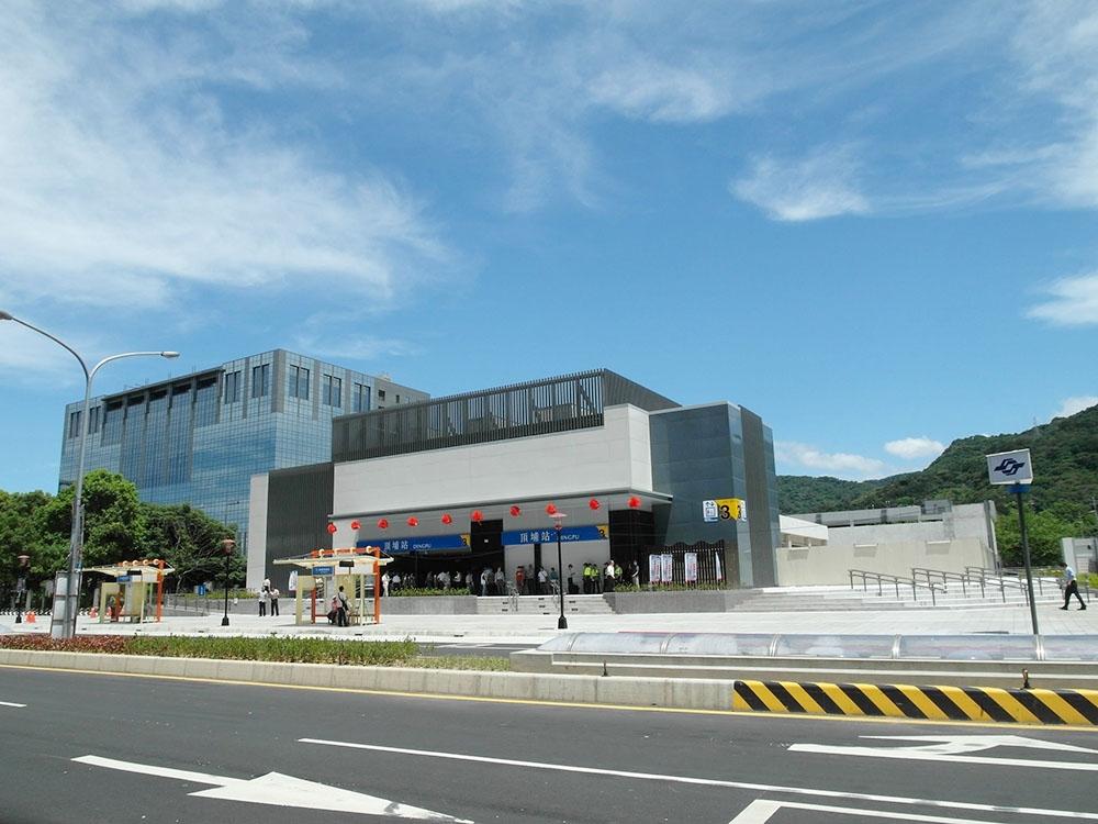 Bannan Line, CD551/CD552/Xinpu Exit 4